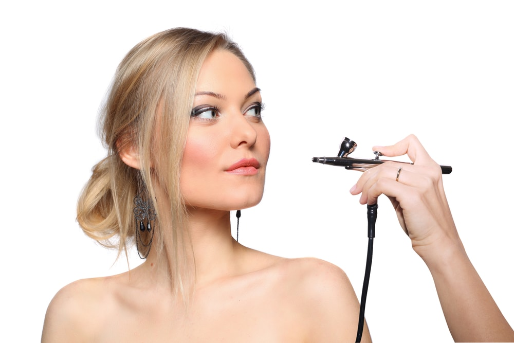 temptu-airbrush-makeup-kit-review-should-you-buy-it
